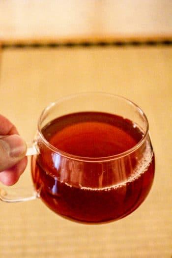 Mélange thé noir & amacha du Japon - Curiousitea